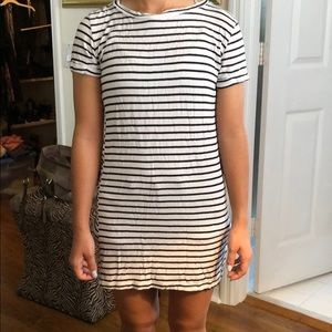 Dresses & Skirts - Stripped T-shirt dress